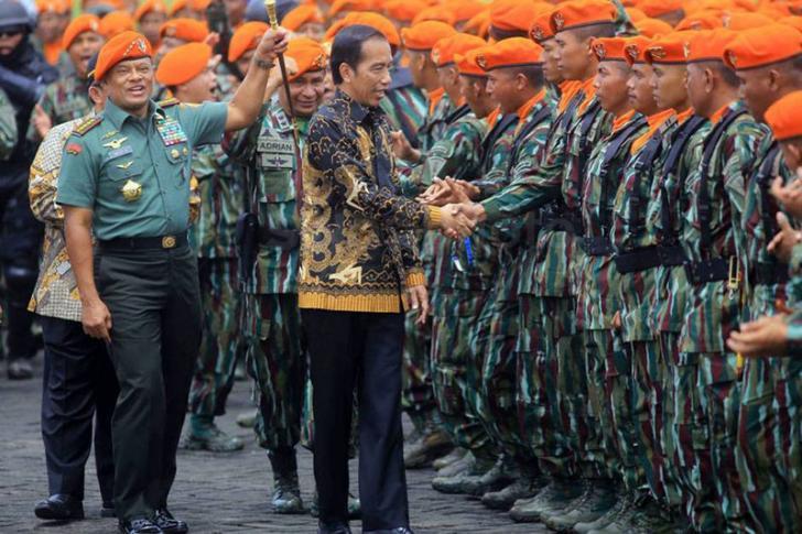 Kepada Prajurit Paskhas Jokowi Berpesan Prajurit TNI untuk Mewaspadai Adu Domba