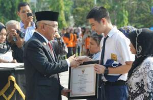 Provinsi Riau Tingkatkan Kualitas SDM Melalui Pendidikan